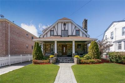 Yonkers Single Family Home For Sale: 10 (Aka 44) Bryn Mawr Place