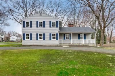 Valley Cottage Single Family Home For Sale: 345 Deer Track Lane