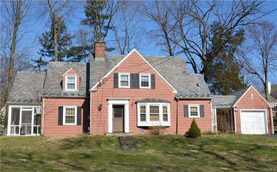 White Plains Single Family Home For Sale: 47 Edgepark Road