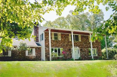 Cortlandt Manor Single Family Home For Sale: 38 William Puckey Drive