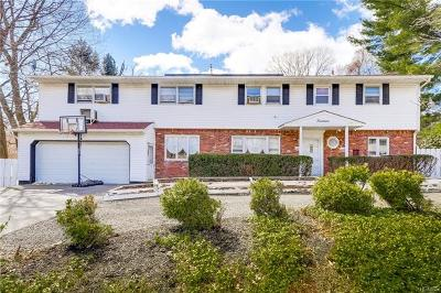 Single Family Home For Sale: 14 Greenridge Way