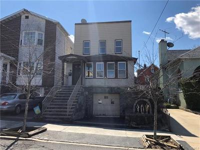 Bronx Single Family Home For Sale: 2864 East 195th Street