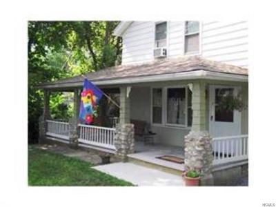 Bloomingburg Single Family Home For Sale: 145 Main Street