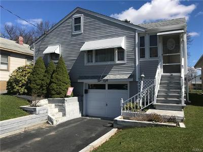 Middletown Single Family Home For Sale: 250 Cottage Street