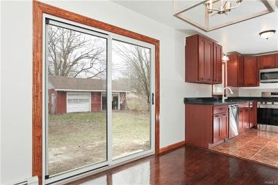 Westbrookville Single Family Home For Sale: 10 Apple Lane