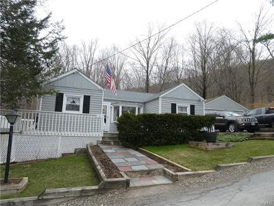 Greenwood Lake Single Family Home For Sale: 6 Meghans Way