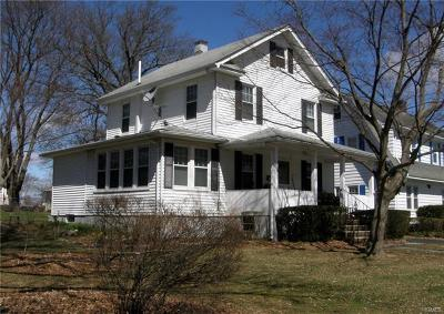 Middletown Single Family Home For Sale: 21 Woodlawn Avenue