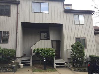 Chappaqua Condo/Townhouse For Sale: 339 North Greeley Avenue