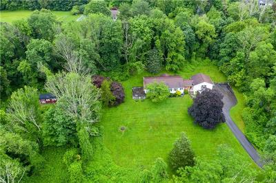 Bedford Single Family Home For Sale: 36 Indian Hill Road