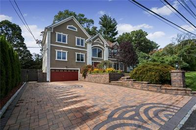 Scarsdale Single Family Home For Sale: 139 Chalford Lane