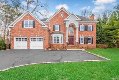Connecticut Single Family Home For Sale: 81 Blueberry Drive