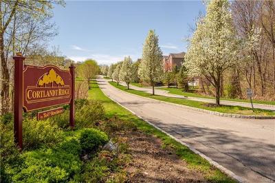 Cortlandt Manor, Pleasantville Condo/Townhouse For Sale: 13 Chiusa Lane