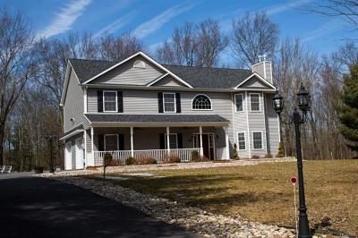 Middletown Single Family Home For Sale: 329 Sands Road