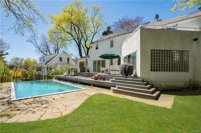 Westchester County Single Family Home For Sale: 215 Ferndale Road