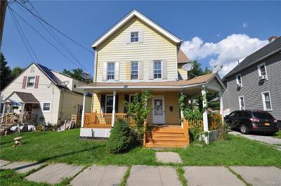 Middletown NY Single Family Home For Sale: $119,900