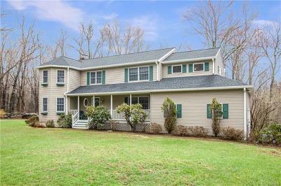 Brewster Single Family Home For Sale: 23 Bear Berry Lane