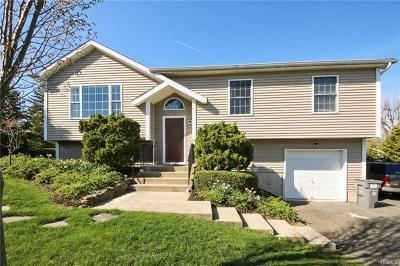 Single Family Home For Sale: 9 Paquin Lane