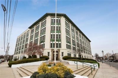Port Chester Condo/Townhouse For Sale: 1 Landmark Square #620