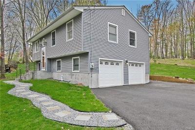 Monroe Single Family Home For Sale: 68 Heaton Road