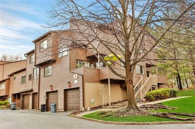Rockland County Condo/Townhouse For Sale: 22 Timberline Drive