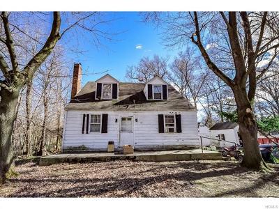 New Windsor Single Family Home For Sale: 68 Jacqueline Street