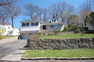 Bronxville Single Family Home For Sale: 51 Dellwood Circle