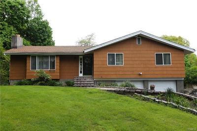 Cortlandt Manor Single Family Home For Sale: 110 Gallows Hill Road