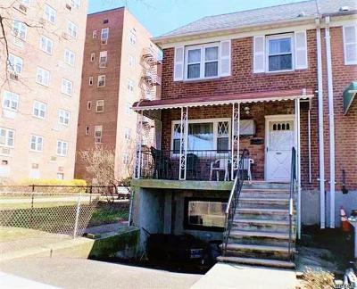 Single Family Home For Sale: 144-42 Gravett Road