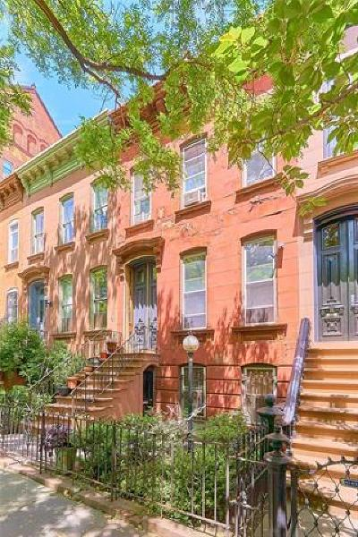 Brooklyn Multi Family 2-4 For Sale: 11 Clifton