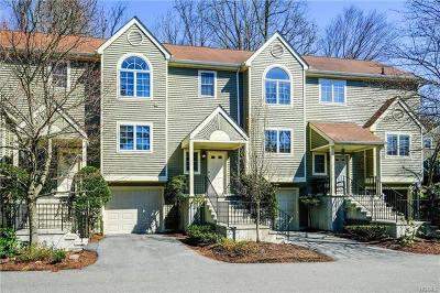 Westchester County Single Family Home For Sale: 1502 Regent Drive