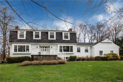 Brewster Single Family Home For Sale: 16 Merrick Court