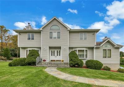 Yorktown Heights NY Single Family Home For Sale: $649,900