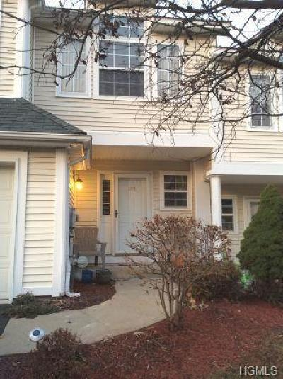 Newburgh Condo/Townhouse For Sale: 186 Sara