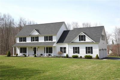 Brewster Single Family Home For Sale: 10 High Meadow Lane