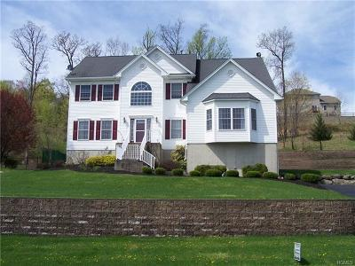 New Windsor Single Family Home For Sale: 2631 Liberty Ridge
