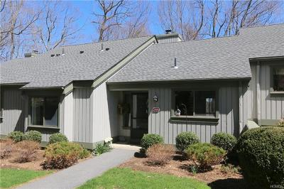 Westchester County Condo/Townhouse For Sale: 314 Heritage Hills #B