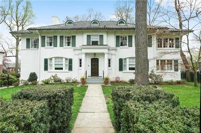 Westchester County Single Family Home For Sale: 656 Esplanade