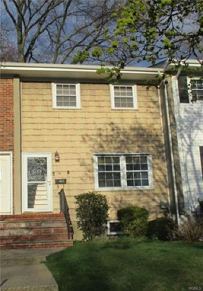 Rockland County Condo/Townhouse For Sale: 4 Dina Drive