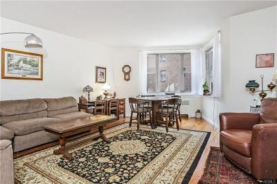 White Plains Co-Operative For Sale: 12 Westchester Avenue #2D