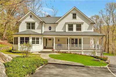 Mount Kisco Single Family Home For Sale: 11 Deer Creek Lane