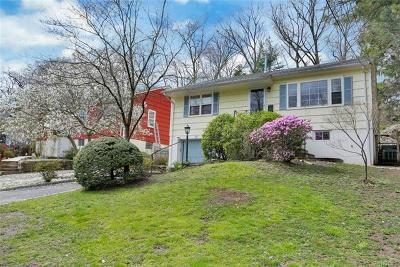 Larchmont Single Family Home For Sale: 34 Sherwood Drive