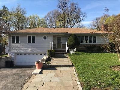 Yonkers Single Family Home For Sale: 55 Dover Lane