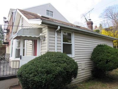 Yonkers Single Family Home For Sale: 43 St James Terrace