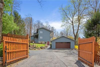 Croton-On-Hudson Single Family Home For Sale: 215 Colabaugh Pond Road