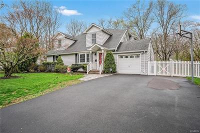Rockland County Single Family Home For Sale: 14 Spruce Lane