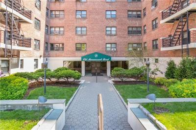 Westchester County Co-Operative For Sale: 19 Old Mamaroneck Road #3H