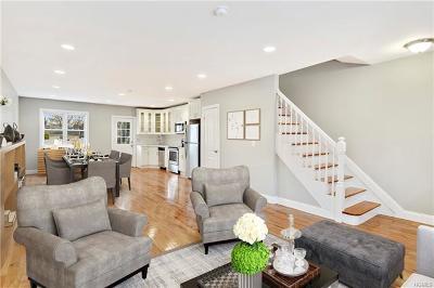 Bronx NY Single Family Home For Sale: $559,000