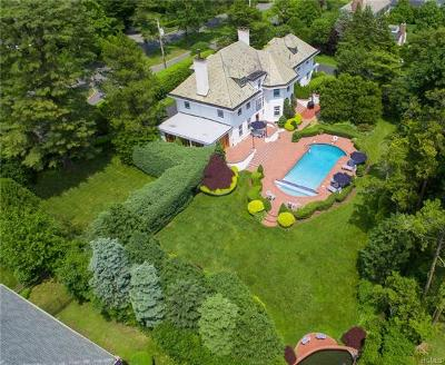 Scarsdale Single Family Home For Sale: 30 Penn Boulevard