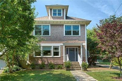Westchester County Single Family Home For Sale: 55 Meadow Place