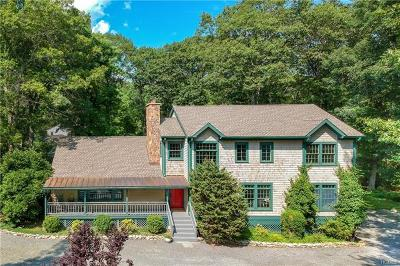 Westchester County Single Family Home For Sale: 11 East Kinnicutt Road